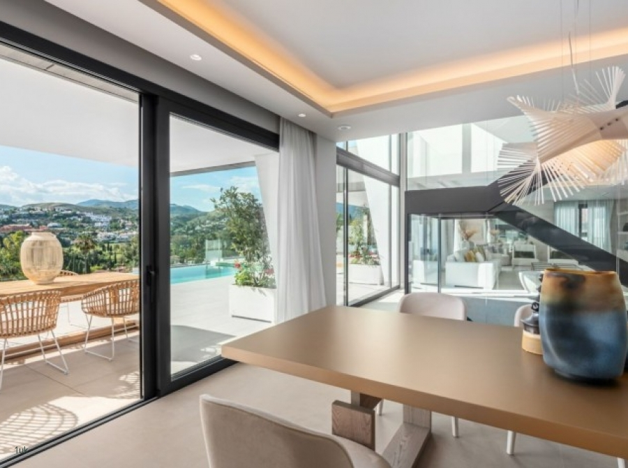 Dining area with outside views of Marbella