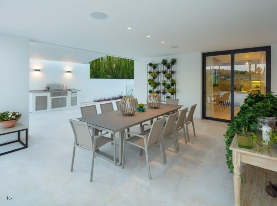 View of open plan dining area