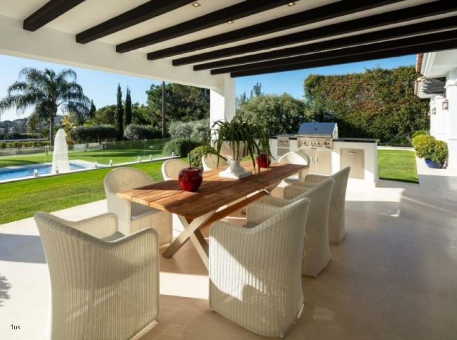 Outside seating area by the pool
