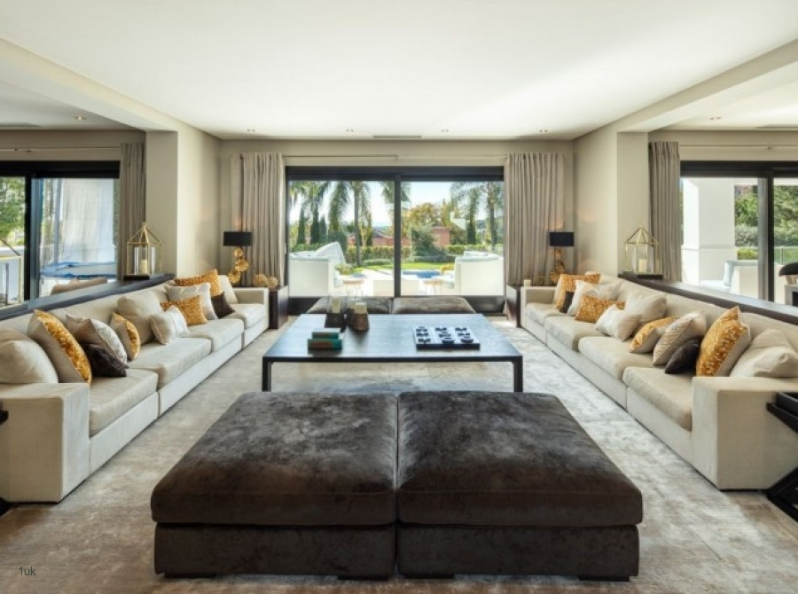 View of the lounge area in the Family Residence in La Cerquilla