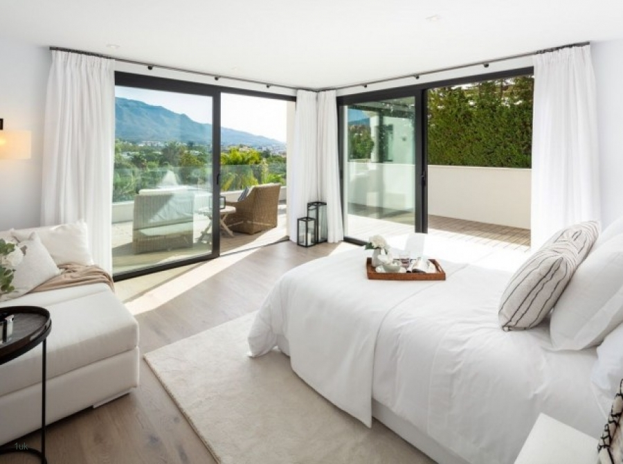 View of bedroom with stunning views in Marbella