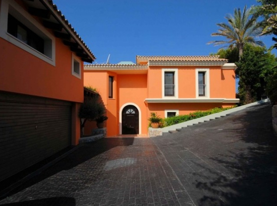 Luxury Sea View Villa With Infinity Pool For Rent In Santa Ponsa