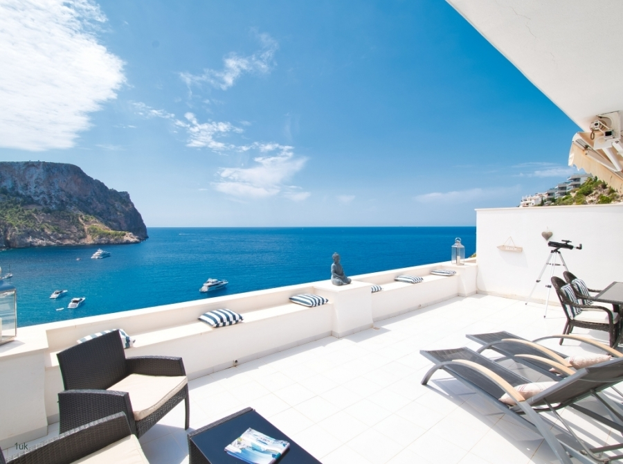 Terrace-with-sea-view-apartment-Port-Andratx